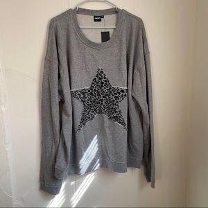Mono B Gray Leopard Star Sweater Size 3XL NWT